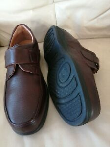 Mens PAVERS Slip On Brown Leather Shoes Size UK 9