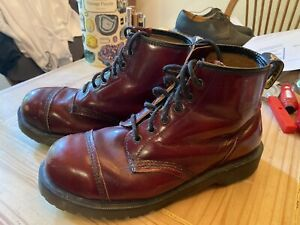 doc martens steel toe boots
