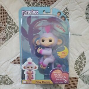 Brand New Sealed Fingerlings Interactive Baby Monkey - Sydney