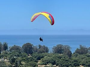 USED Ozone Rush 4 in great condition, great for Intermediate Paragliding Pilots!