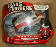 Transformers: Voyager Class Rescue Ratchet Figure NEW