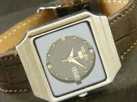 VINTAGE SEIKO 5 AUTOMATIC JAPAN MEN'S DAY/DATE WATCH 260b-a134461-4