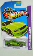2013 Hot Wheels Showroom #229 '07 Ford Mustang - Metallic Green