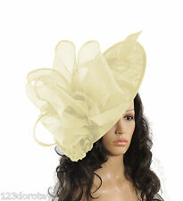 Large Cream Fascinator for Ascot, Weddings, Proms, Derby,Mother of the Bride S1