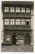 Ältere SW-Ansichtskarte von Frontansicht eines alten Hauses in Wernigerodec(837)