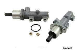 Brake Master Cylinder Fits Volvo C70 S70 V70 & 850 New   9157885