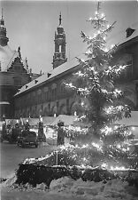 BG2415 dresden striezel market in the stable courtyard car CPSM 14x9.5cm germany