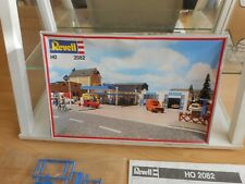 Revell Aral Service Station on 1:87 (H0) in Box (2082)