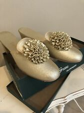 Vintage Daniel Green Comfy Slippers Shoes Boudoir Gold Made In Usa B75 (7.5 B)