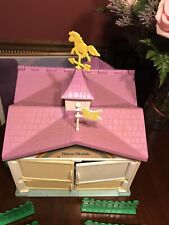 1983 Hasbro My Little Pony Show Stable Good Condition