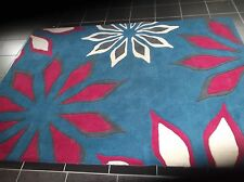 JASMIN FLOWERS, 5' x 3', BRAND NEW, THICK, PURE  WOOL RUG...FREE DELIVERY.