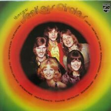 THE NEW SEEKERS - CIRCLES  -  LP