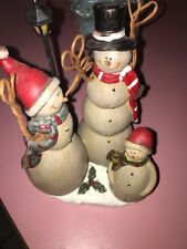 resin snow family fig Statue