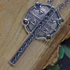 Echtschmuck-Anhänger mit Cabochon-Kreuz-Motiv