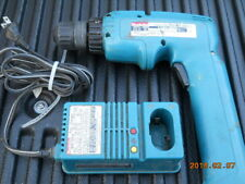 MAKITA 6095D CORDLESS DRILL DRIVER W DC9700 CHARGER