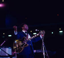 Guitarist Bb King Plays A Gibson Es355 1970s OLD MUSIC PHOTO 5