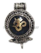 Onyx Pendant Om Pendant Amulet Box pendant Tibetan Pendant Nepalese Pendant Gau