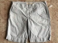 Womens J Crew Chino City Fit Shorts Pink Whales Size 8 EUC
