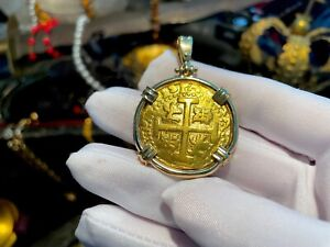 PERU 8 ESCUDOS 1719 JEWELRY PENDANT NECKLACE PIRATE GOLD COINS TREASURE FLEET
