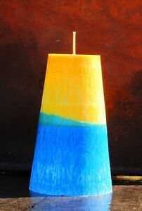 220hr BUBBLEGUM HUBBA BUBBA Strong Lolly Scented CONE CANDLE Yellow & Blue Arty