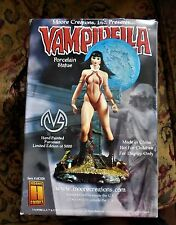 VAMPIRELLA Moore Creations 2001 Limited Edition Statue  MIB never displayed