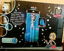 Monster High Hydration Station Lagoona Blue Doll First Wave 2010 Mattel