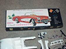1959 CHEVROLETE CORVETTE MODEL KIT 204-79 VINTAGE VERY RARE