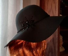 Ladies David & Young Grey Floppy 100% Wool Hat One Size