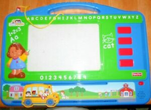 Mattel Fisher Price 2007 Full Size Magna Doodle With Magnets Erasable Board,USED