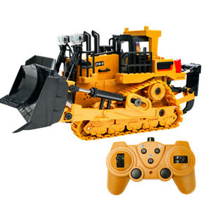 2.4G Remote Control Excavator Bulldozer RC Construction Tractor Vehicle Car Toy