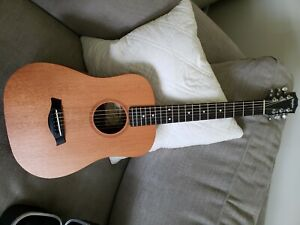 baby taylor bt2 series acoustic guitar