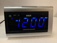 RCA Digital 2 Band AM FM Alarm Clock/Radio Model RP5430A Blue LED 100% WORKING