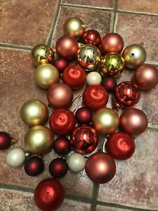 30 Mixed Red & Gold Christmas Baubles