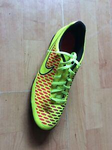 ONE ONLY Right Foot Nike Magista Size 10 Astro Turf Trainer, New Shop Clearance