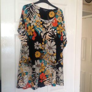 BNWT Ladies Long summer Tunic/Top BON MARCHE size 24