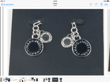 marc by marc jacobs logo enameldrop earrings black@ Silver