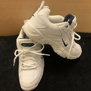 Nike Walk Airliner Women's White Leather Walking Athletic Lace Shoes 8.5 Nice