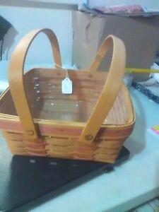 Longaberger Swing Handles Pie Basket - w/ Protector - Signed - 1992