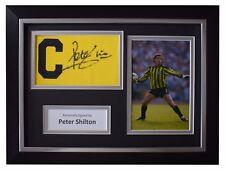 Peter Shilton SIGNED FRAMED Captains Armband Autograph Photo Display England COA