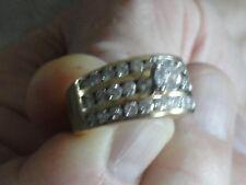 14 kt yellow gold ladies diamond wedding band