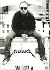 METALLICA 'Lars sits' magazine PHOTO/Poster/clipping 11x8 inches