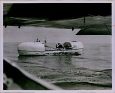 LG847 1969 Orig Bill Kuenzel Photo JOHN FAIRFAX Britannia English Rower in Boat