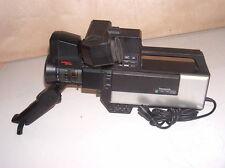 historische Röhren-Kabelvideokamera PANASONIC WVP-100E, Autofocus US, v. Fkt