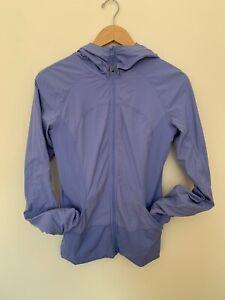 LULULEMON In Flux Jacket Size 8 Lullaby Hooded & Reversible Periwinkle