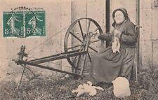 -Carte Postale ancienne Aveyron Fileuse de l'Aubrac