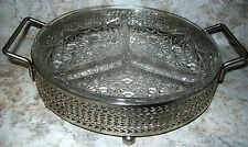 VINTAGE SILVER PLATE ROUND SERVER WITH CLEAR GLASS DAISY & BUTTON INSERT