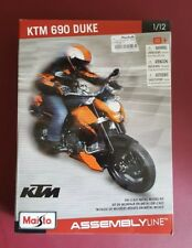Maisto 1/12 KTM 690 Duke Kit NIB