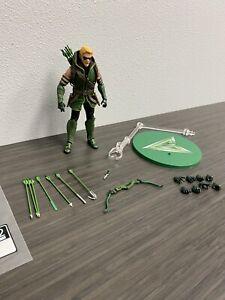Mezco One 12 Green Arrow Figure Loose DC Comics Authentic