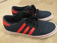 Adidas Originals Seeley Mens Black/Red Trainers UK 9.5