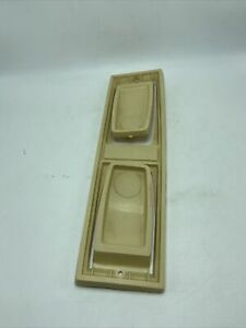 Rubbermaid Under Cabinet Paper Towel Holder Almond Made In USA #2361 Vintage